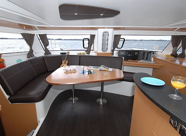 Discover Zadar region surroundings on this Orana 44 Fountaine Pajot boat