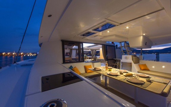 43.5 feet Fountaine Pajot in great shape