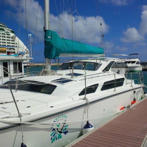 Indulge in luxury onboard 34' Gemini in Bermuda