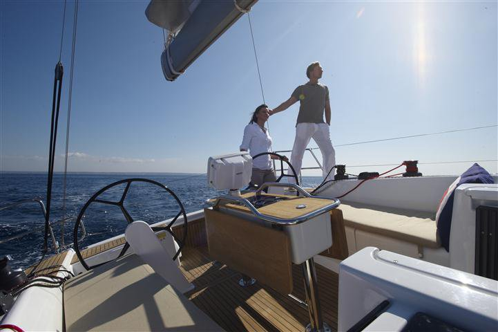 This 40.0' Hanse Yachts cand take up to 8 passengers around Split region