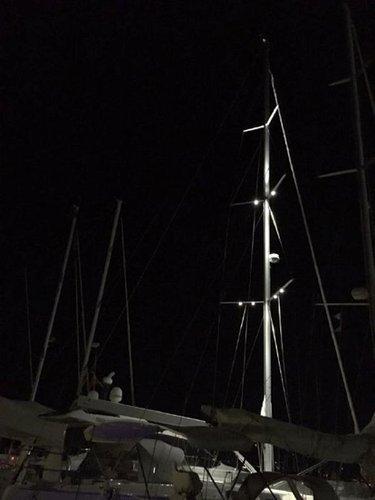 This 56.0' Hanse Yachts cand take up to 8 passengers around Šibenik region