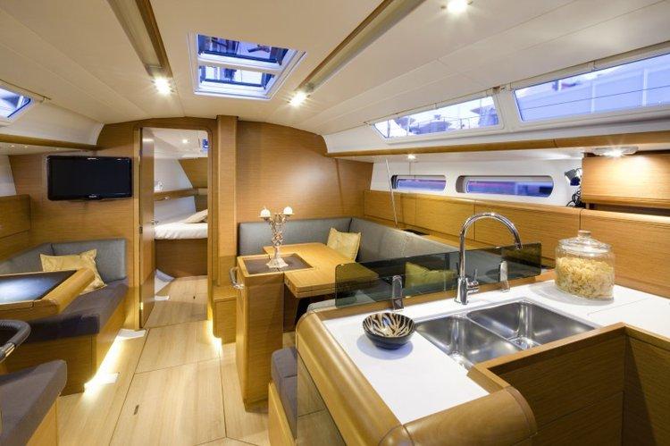 Boat for rent Jeanneau 40.0 feet in Corfu (Gouvia marina),