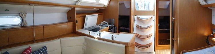 Jeanneau boat for rent in Balearic Islands