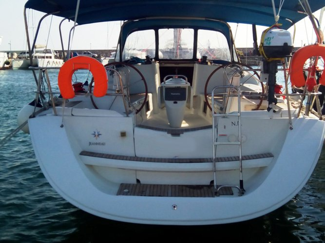 Boat for rent Jeanneau 42.0 feet in Athens, Marina Alimos (Kalamaki), Greece