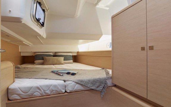 Boat for rent Jeanneau 45.0 feet in Palma, Illes Balears, Spain