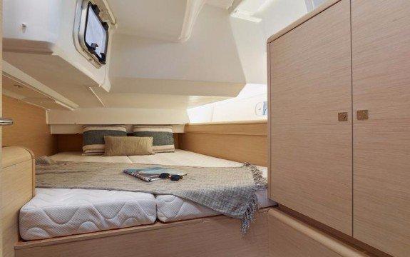 Boat for rent Jeanneau 45.0 feet in Palma, Illes Balears,
