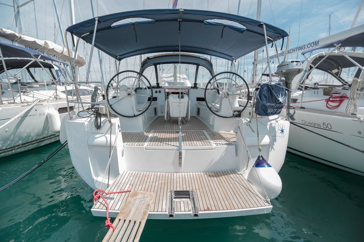 Unique experience on this beautiful Jeanneau Sun Odyssey 469