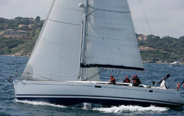 Jeanneau's 49.0 feet in Oxnard