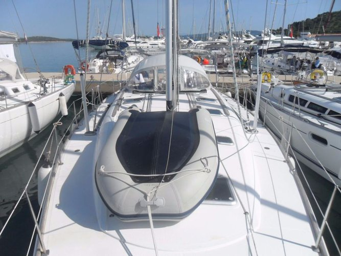 Other boat rental in ACI Marina Jezera, Murter,