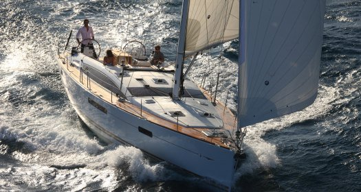 This Jeanneau Jeanneau 53 is the perfect choice