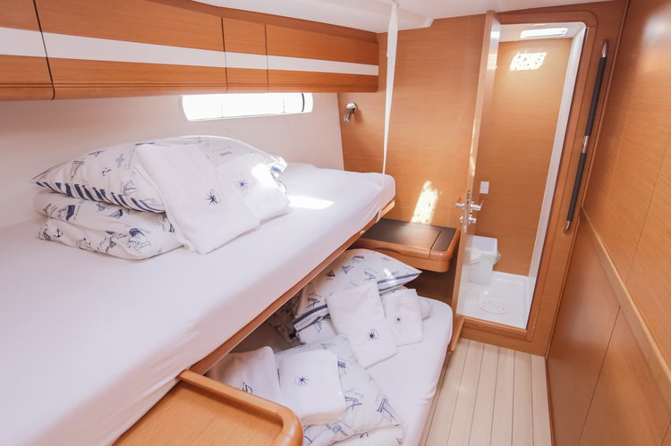 Discover Split region surroundings on this Jeanneau 57 Jeanneau boat