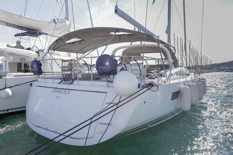 65.0 feet Jeanneau in great shape