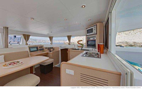 Boat for rent Lagoon 40.0 feet in Saint-Mandrier-Sur-Mer, France
