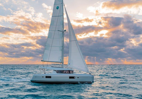 Boat for rent Lagoon 42.0 feet in Forio Na, Italy