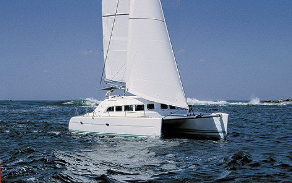 Set Sail in Martinique onboard Lagoon 440