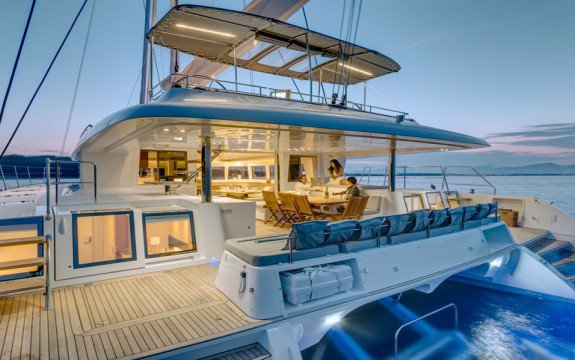 Boat for rent Bali 41.0 feet in Palm Cay Marina, Bahamas