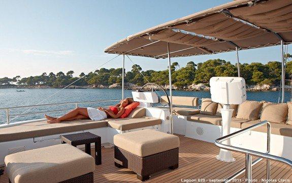 Lagoon boat for rent in Saint-Mandrier-Sur-Mer,