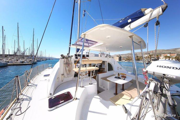 Catamaran boat rental in Marina Trogir – ACI,