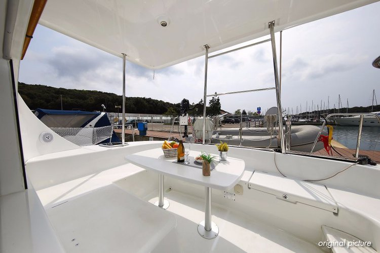 Lagoon-Beneteau boat for rent in Zadar region