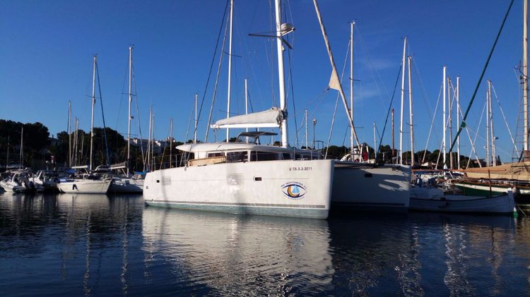 Boating is fun with a Lagoon-Beneteau in Balearic Islands