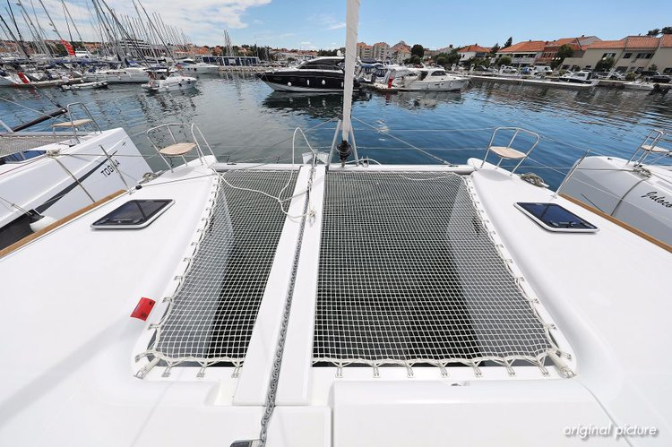 Lagoon-Bénéteau's 39.0 feet in Zadar region
