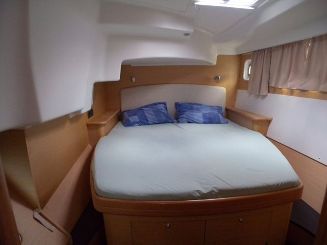 Lagoon-Beneteau boat for rent in St. Lucia