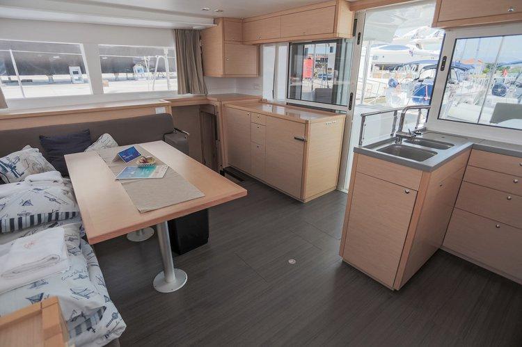 Lagoon-Beneteau boat for rent in British Virgin Islands