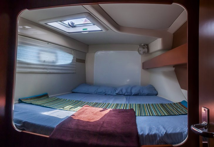This 37.0' Leopard cand take up to 10 passengers around Maldives