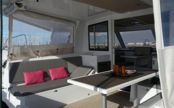 Catamaran boat for rent in Saint-Mandrier-sur-Mer