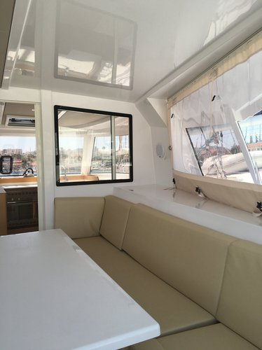 Discover Cyclades surroundings on this Nautitech 40 Open Nautitech Rochefort boat
