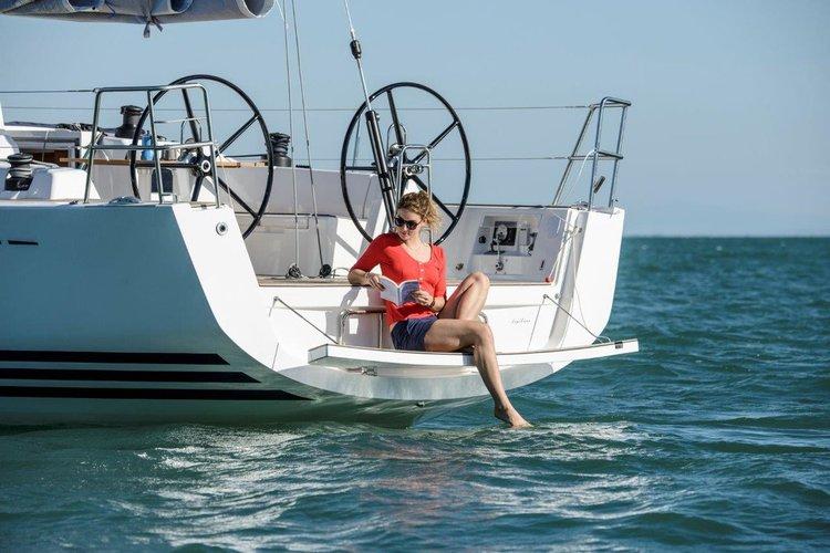 This 42.0' X-Yachts cand take up to 7 passengers around Split region