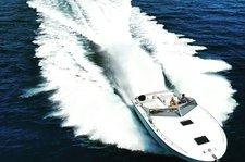 Sail at speed with this elegant Magnum
