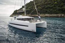 Explore Grenada onboard this exquisite catamaran