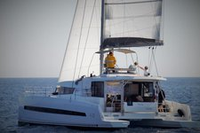 Enjoy Caribbean onboard Bali 4.3 Owner Version