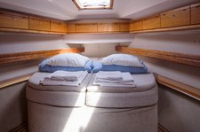 thumbnail-8 Bavaria Yachtbau 47.0 feet, boat for rent in Stockholm County, SE