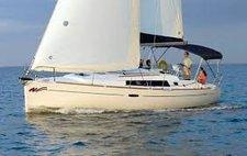 Explore Caribbean onboard Beneteau Oceanis 37