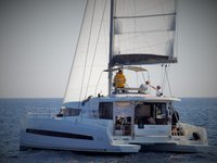 Take this Catana Bali 4.3 for a spin !