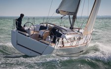 Set sail in France onboard Dufour 350 Adventure