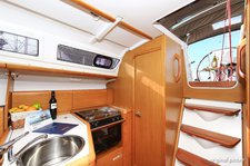 thumbnail-11 Jeanneau 32.0 feet, boat for rent in Istra, HR