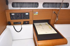 thumbnail-11 Jeanneau 41.0 feet, boat for rent in Dubrovnik region, HR
