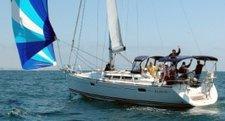 Explore Marina Del Rey onboard this luxurious sloop
