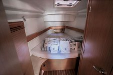 thumbnail-12 Jeanneau 42.0 feet, boat for rent in Split region, HR