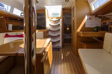 thumbnail-6 Jeanneau 42.0 feet, boat for rent in Stockholm County, SE