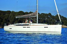 Unique experience on this beautiful Jeanneau Sun Odyssey 449