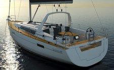 Enjoy Martinique onboard Oceanis 41