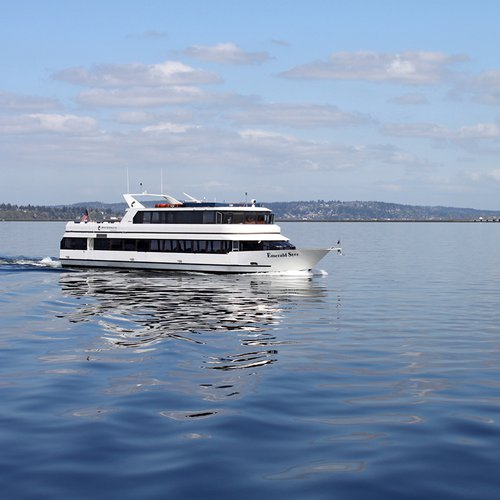Enjoy Washington onboard this elegant 105 ft party vessel