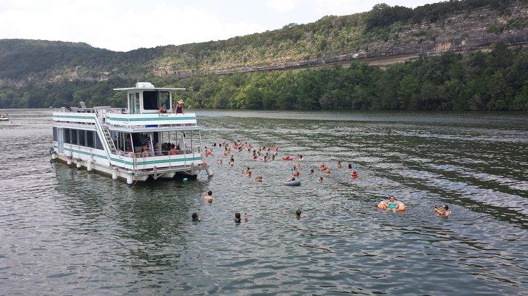 Discover Austin surroundings on this Custom Custom boat