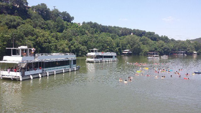 Catamaran boat for rent in Austin
