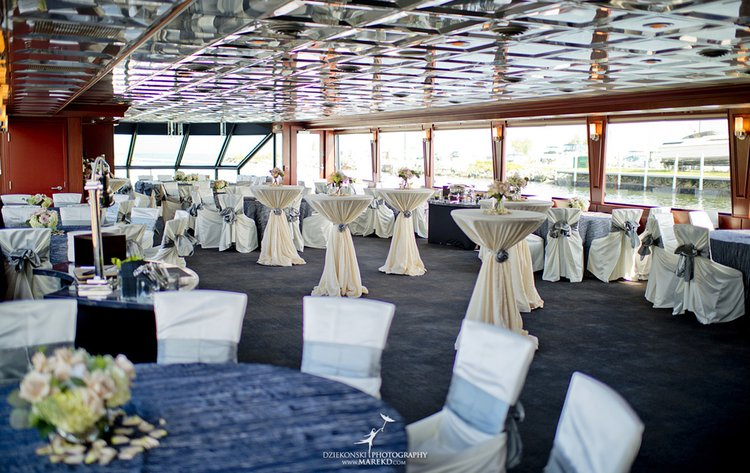 Up to 300 persons can enjoy a ride on this Motor yacht boat