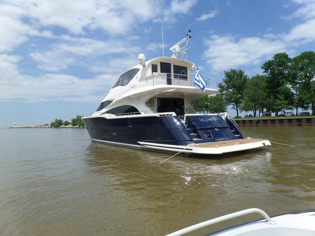 Boat rental in Rocky River, OH